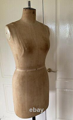 Kennett and Lindsell Female Tailoring Dummy Size 12 / 40