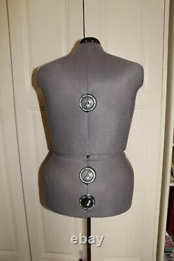 Ajustable Grande Femme Tailors Dummy, Mannequin De Couture Dames Sur Pied