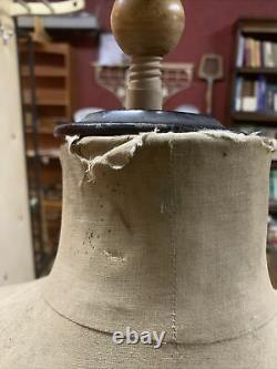 Antiquité Tailors Dummy/mannequin